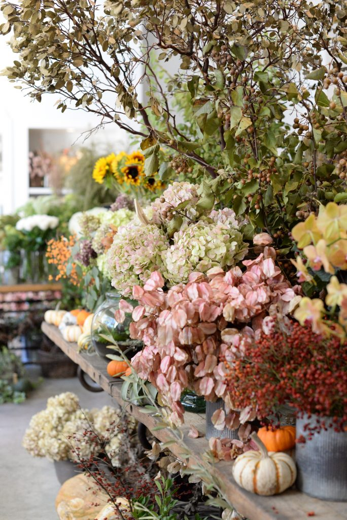 Pretty Green Thumb: Le Jardin Français Floral Design - Peaches to Pearls